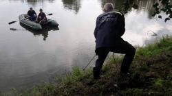 В Андрушівському районі чоловік впав з обриву у воду та втопився