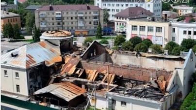 Поліція просить міськраду призупинити відновлення згорілих приміщень у колишньому кінотеатрі Новограда