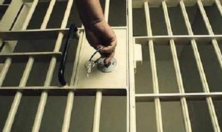 33 засуджені ухилилися від відбування покарань, третина з яких – понад півтора року, – прокуратура області