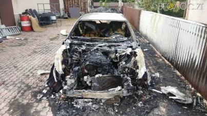 За добу на Житомирщині згоріли два автомобіля