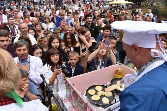 У Коростені відбувся Міжнародний фестиваль дерунів (ФОТО)