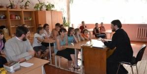 Петиція житомирян проти «релігійних уроків» у школах набрала необхідну кількість підписів