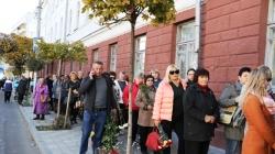 Житомир: десятки тисяч людей прийшли попрощатися із актрисою Мариною Поплавською