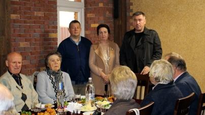 Депутати фракції «Батьківщина» привітали зі святом людей поважного віку