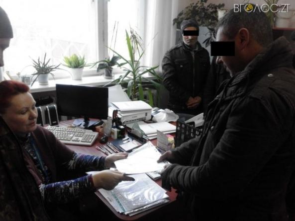 """На Житомирщині примусово повернули """"додому"""" майже 250 мігрантів"""