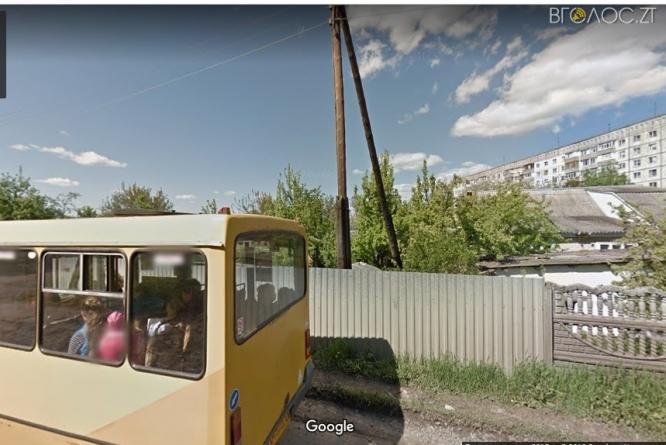 Жителі Крошні скаржаться, що водії маршрутки №8 не зупиняються на вимогу школярів