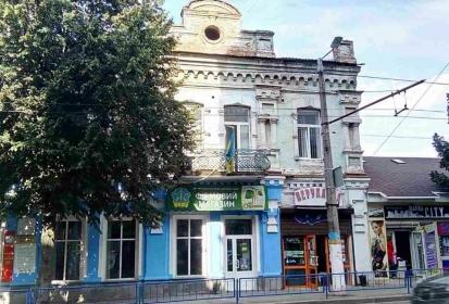 Пенсіонерка купила приміщення магазину в центрі Житомира за 4,3 мільйони гривень