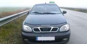 Під Коростенем пасажири побили водія «таксі» та забрали автомобіль