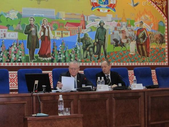 У Новограді провалили сесію, на якій мали розглядати питання про дострокове припинення повноважень міського голови