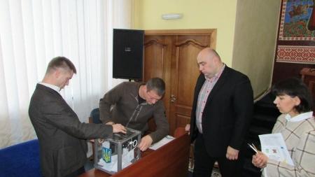 Міській раді Новограда-Волинського не вистачило декількох голосів для відставки Весельського