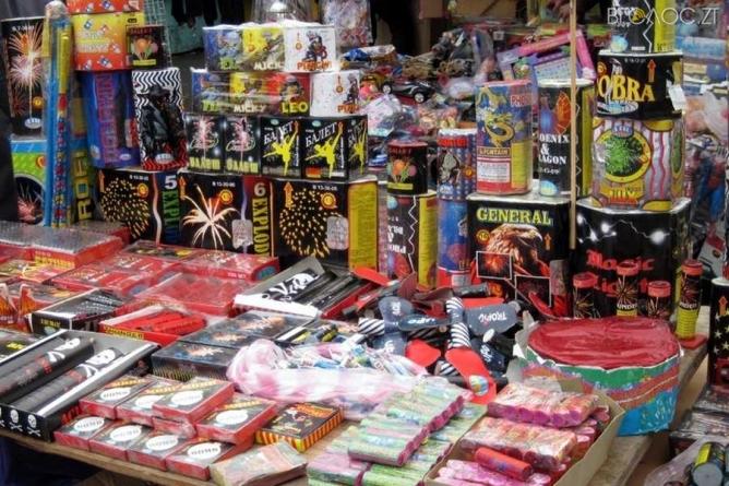 Житомиряни просять заборонити продаж феєрверків на новорічні свята