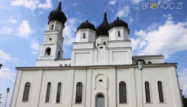 На Житомирщині правоохоронці провели обшуки у кількох церквах регіону