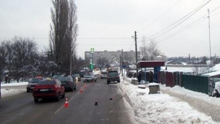 Чоловік на джипі збив 7-річну дитину біля зупинки у Бердичеві