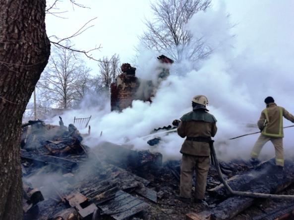 Овруцький район: на пожежі у будинку загинули люди