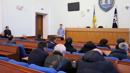 У Житомирській міськраді обговорили єдиний квиток із десятком житомирян
