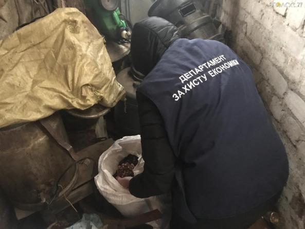 В Олевську затримали скупників з 20 кілограмами бурштину