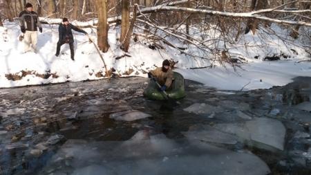 Брусилів: у річці знайшли тіло чоловіка, який провалився під кригу