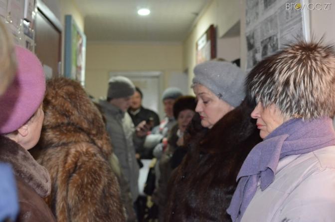 Співвласники житомирського ОСББ кілька місяців не можуть отримати документи на будинок