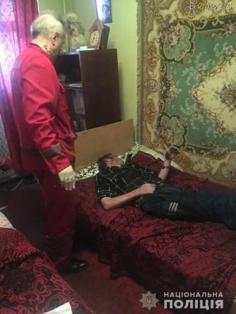 Житомирянина, який кілька днів не виходив на роботу, знайшли на підлозі його квартири