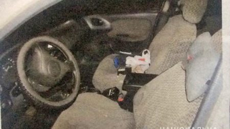 Поліцейські затримали двох житомирян, які нападали на таксистів