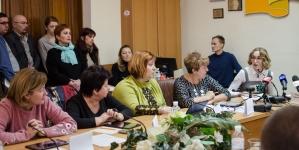 Як «засідали» члени виконкому міської ради (ФОТОРЕПОРТАЖ)