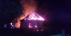 Під час гасіння пожежі у будинку рятувальники знайшли тіло 79-річного селянина