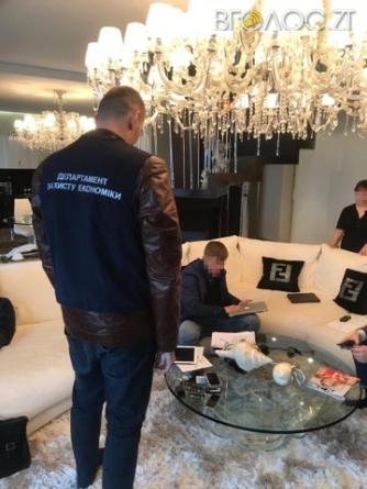 На будівництві казарм у Новограді вкрали понад 14 мільйонів
