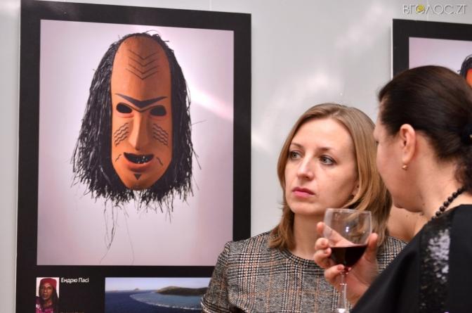 У Житомирі відкрили виставку, присвячену побуту та традиціям Австралії (ФОТО)