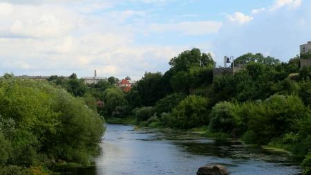 У Новограді продадуть за копійки елітні земельні ділянки на березі річки Случ