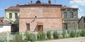 Вечірню школу №2 демонтують за 400 тисяч гривень