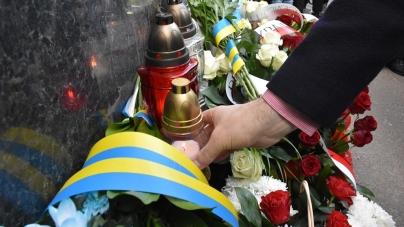 У Житомирі вшанували пам'ять жертв Катинської трагедії та авіакатастрофи під Смоленськом