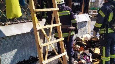 У Житомирі горіли балкони: один із господарів був прикутий до ліжка, а інший – спав п'яний