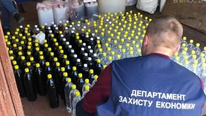 На Житомирщині правоохоронці вилучили майже 2 тонни фальсифікату алкоголю