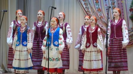 Понад 300 учасників з різних куточків України пройшли дистанційний кастинг для участі у Всеукраїнському телевізійному фестивалі «Зірочко, засвітись!»