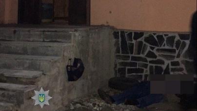 Ввечері біля кафе помер житомирянин, який впав та вдарився головою