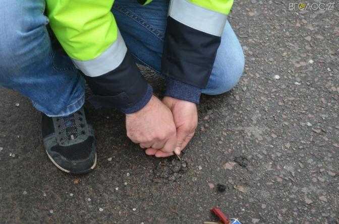 Мерія Житомира має претензії до підрядника, який торік ремонтовував дорогу по вулиці Покровській