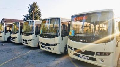На маршрут №126 виїхали новенькі автобуси (ФОТО)
