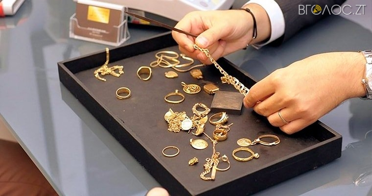 Продавчиня із Житомирської області обікрала ювелірний магазин на понад 1 000 000 гривень