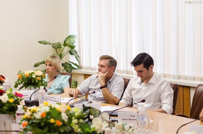 Виконком Житомирської міськради зберуть, щоб затвердити платні послуги лікарням
