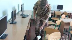 У Житомирі знову «замінували» декілька вузів. Поліцейські проводять евакуацію людей з приміщень (ОНОВЛЕНО)