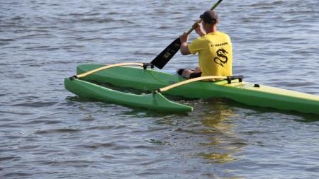 У гідропарку показали човни «Дракони», які придбали за бюджетні кошти