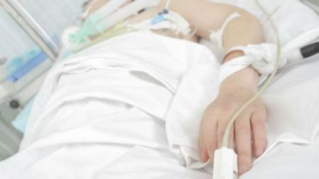 Тричі зупинялося серце: лікарям не вдалось врятувати життя важкопраненого військового з Житомирщини