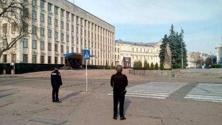 """У Житомирі знову """"замінували"""" ОДА та вокзал: поліція перевіряє анонімне повідомлення"""