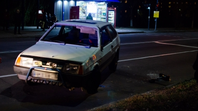 На вулиці Чуднівській у Житомирі перекинулося авто