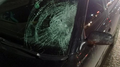 Коростишів: неподалік пішохідного переходу авто збило пішохода. Жінка померла у лікарні