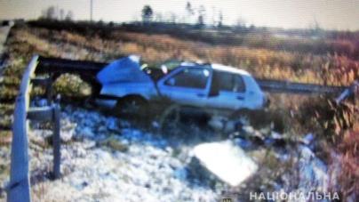 Олевські поліцейські розслідують смертельну ДТП: водій заснув за кермом…