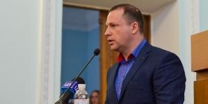 Депутата Житомирської міськради Гуртовенка півроку не можуть включити до постійних комісій