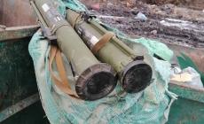 Житомирянин знайшов у сміттєвому баку протитанкові гранати