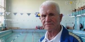 Зеленський нагородив відзнакою 87-річного житомирського спортсмена