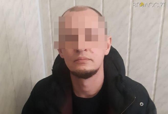 Член банди, який був у міжнародному розшуку, змінив зовнішність та жив у глухому селі на Житомирщині